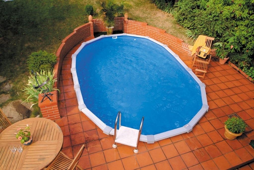 zapuštěný zahradní bazén Cranpool