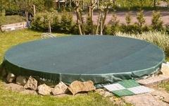 Krycí síť na bazén o průměru 4,6m